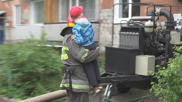 Ураган обесточил десятки населенных пунктов в Хмельницкой области (видео)