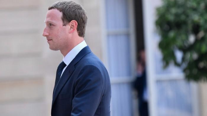 Цукербергу предлагают уменьшить власть над Facebook