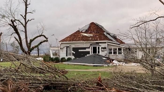 Жертвами торнадо в США стали два человека