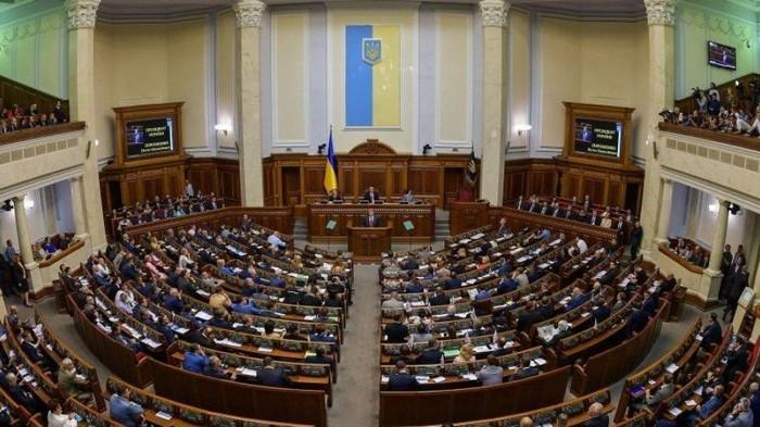 ЦИК уже утвердил 32 кандидата в депутаты следующего созыва парламента