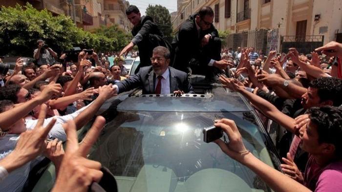 Экс-президента Египта похоронили в Каире
