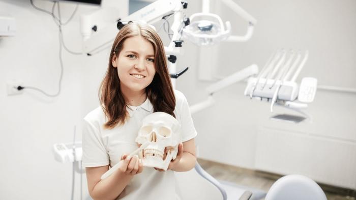 Предоставление стоматологических услуг в клинике Богдана Кушнира