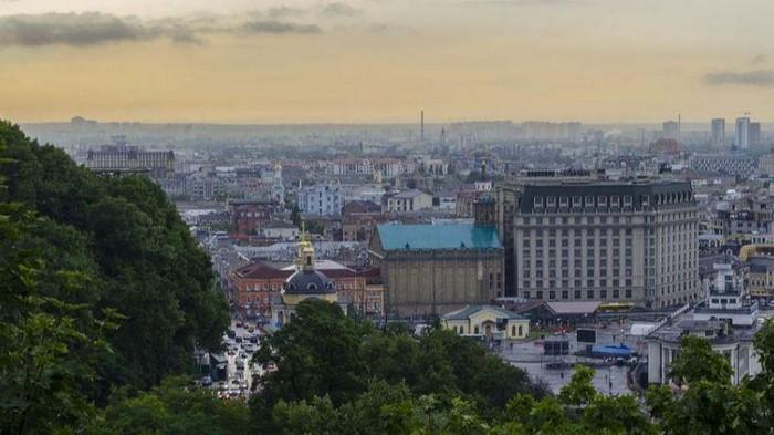 Уровень загрязнения воздуха в Киеве не снизится до последних дней июня — ГСЧС