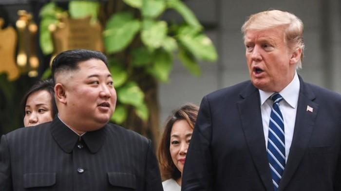 Трамп раскрыл содержание письма от Ким Чен Ына