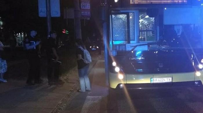 Во Львове пассажир устроил стрельбу в маршрутке