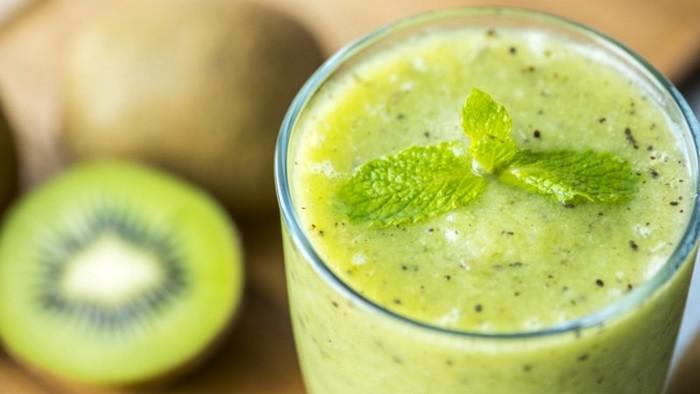 Как приготовить смузи: рецепт Банан-киви