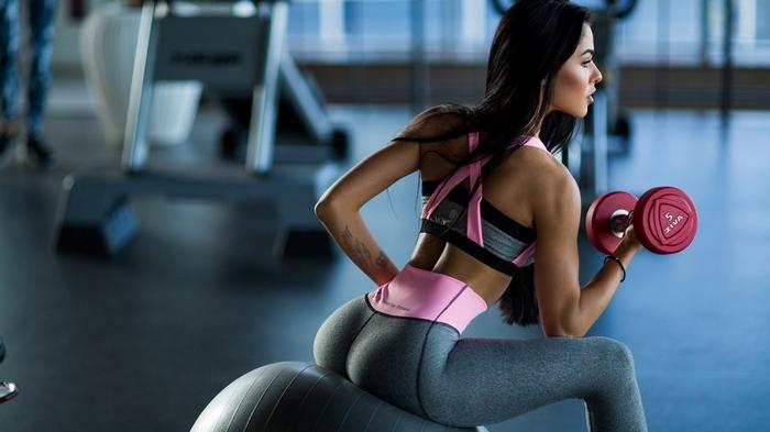 Фитнес тренер: преимущества профессиональной дистанционной переподготовки