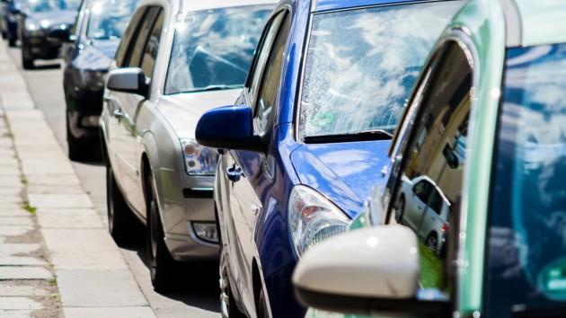 В Украине подсчитали количество элитных авто