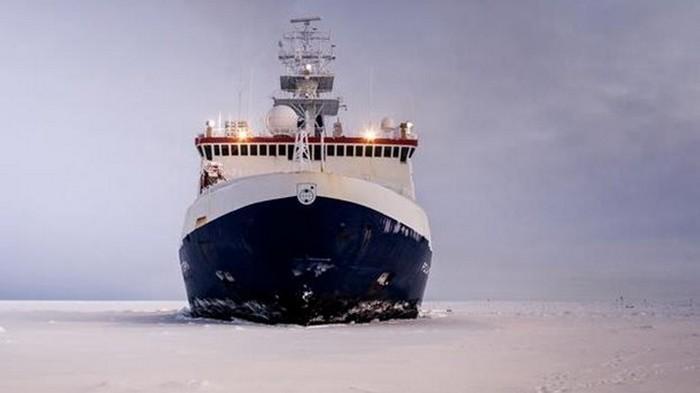 Крупнейшая в истории экспедиция отправилась в Арктику