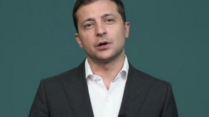 Зеленский обратился к украинцам из-за коррупции (видео)