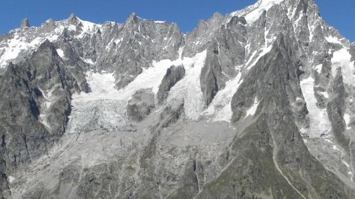 Ученые предсказывают разрушение одного из известнейших ледников в Альпах