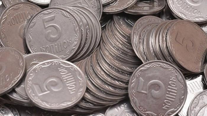 Банкам разрешили округлять суммы из-за изъятия из оборота мелких монет