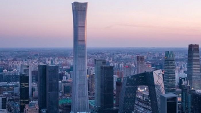 В Китае построили полукилометровый небоскреб (видео)