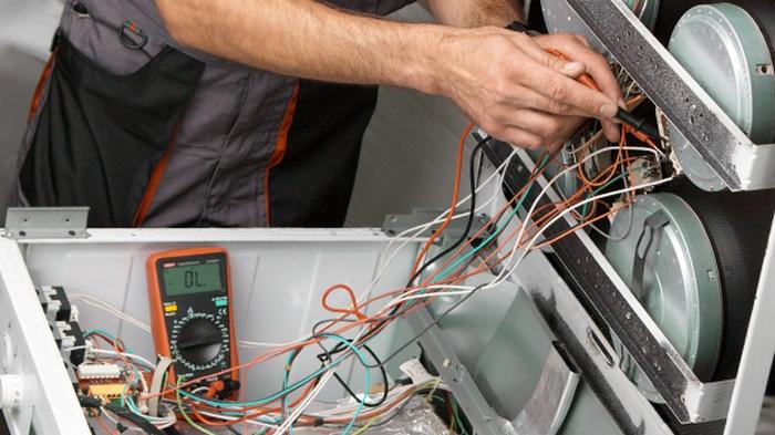 Ремонт кухонных электроплит и причины их поломки