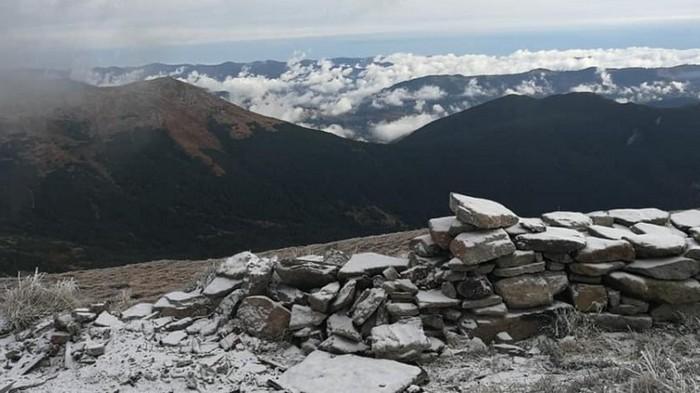 Горнолыжные курорты Карпат укрыло снегом, в Украине ожидаются заморозки