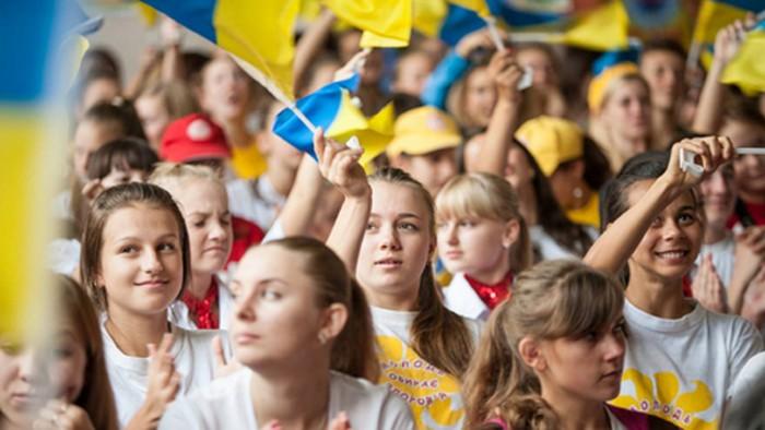 В Украине продолжает сокращаться население