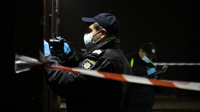 В Киеве мужчина открыл огонь по соседям из-за коммунальных долгов