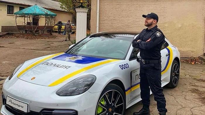В Одессе заметили полицейский Porsche Panamera