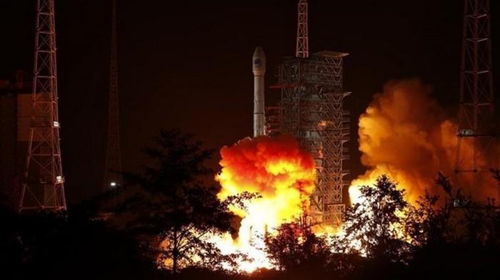 Китай вывел на орбиту два навигационных спутника