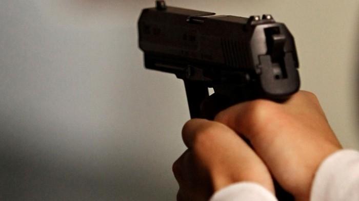 На Черкасчине пенсионер устроил стрельбу в банке