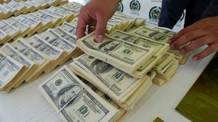 НБУ за неделю купил на межбанке более $400 млн