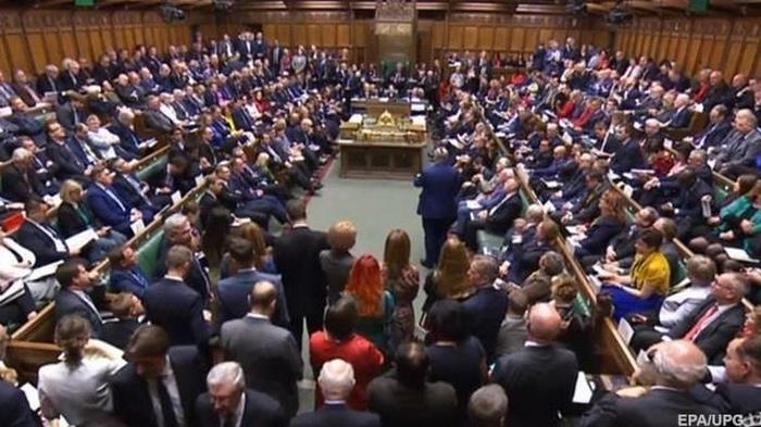 Британский парламент одобрил соглашение о Brexit