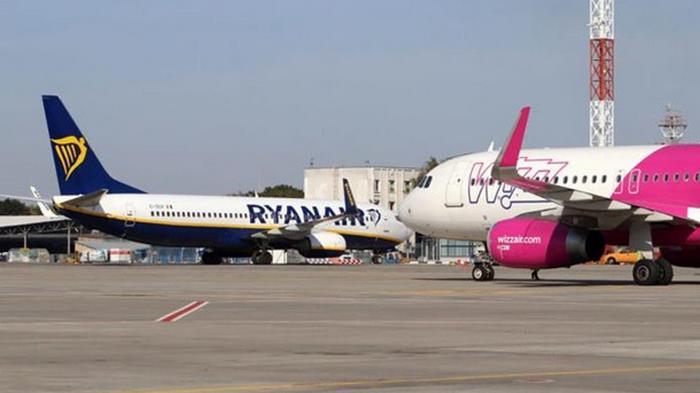 На авиарынке Украины увеличат долю лоукостов