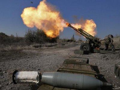 Боевики 48 раз обстреляли позиции украинских военных из запрещенного оружия