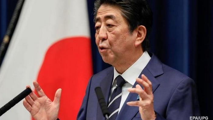 Японцев призвали не сеять панику и не создавать дефицита туалетной бумаги