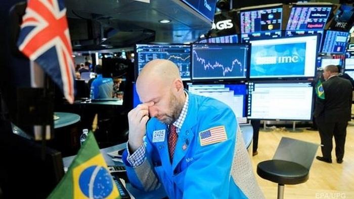 В мире объявили глобальный кризис - Bloomberg