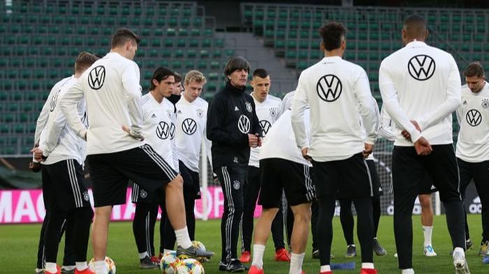 Игроки сборной Германии собрали 2,5 млн евро на борьбу с коронавирусом