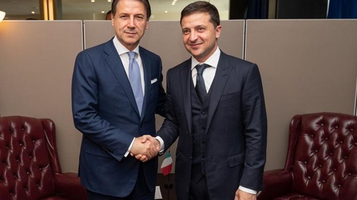 Зеленский обсудил COVID-19 с премьером Италии