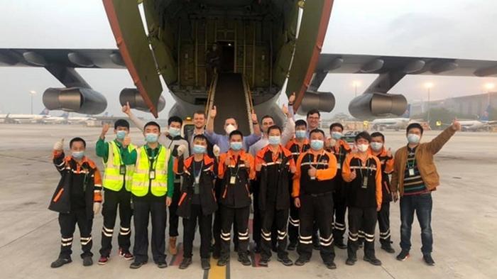 В Китае загрузили самолет ВСУ (фото)