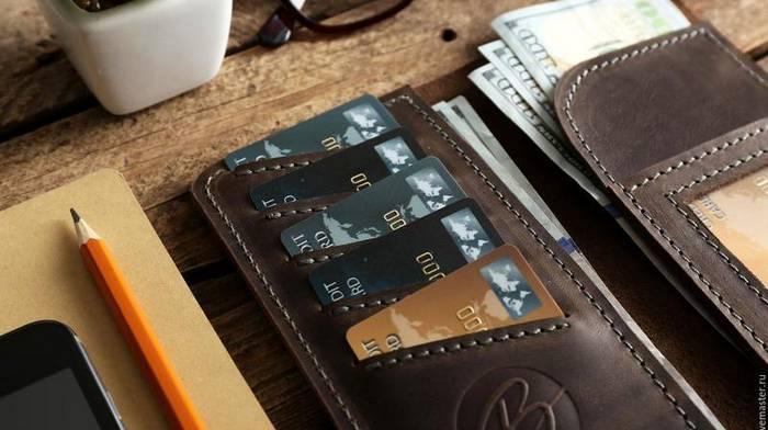 Почему выбирают кожаный кошелек, а не из кожзаменителя?