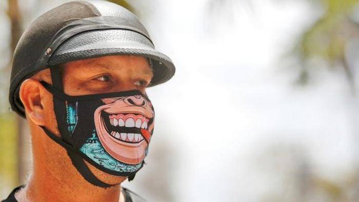 ВОЗ рекомендует не носить тканевые и марлевые маски