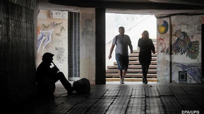 Украинцы в карантин сокращают долги за коммуналку