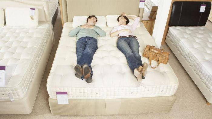 Выбираем комфортный ортопедический матрас на кровать: как избежать основных ошибок