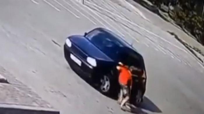 На Львовщине авто дважды переехало ребенка (видео)