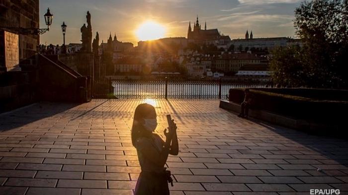 В Чехии и Словакии говорят о начале второй волны коронавируса