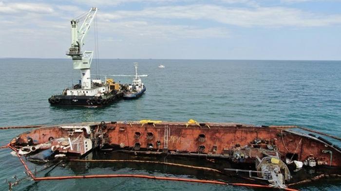 За подъем затонувшего танкера Delfi заплатит частная компания