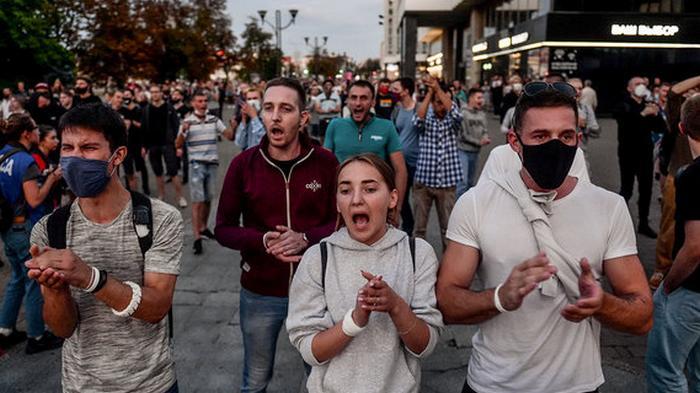 Посольство просит украинцев не участвовать в протестах в Беларуси