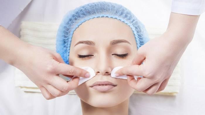 Чистка лица: базовая забота о коже