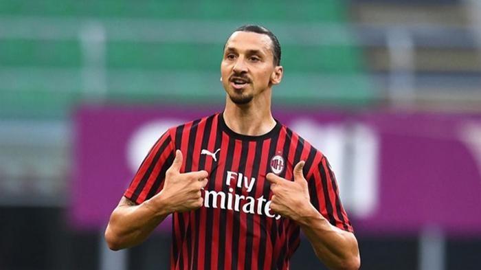 Милан объявил о продлении контракта с Ибрагимовичем
