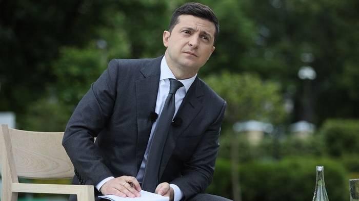 Горсовет Днепра обратился к Зеленскому с просьбой не уничтожать малый бизнес
