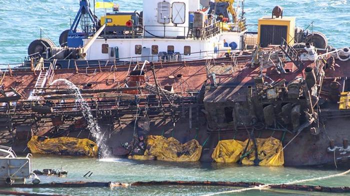 Танкер Delfi снова стал причиной разлива нефтепродуктов