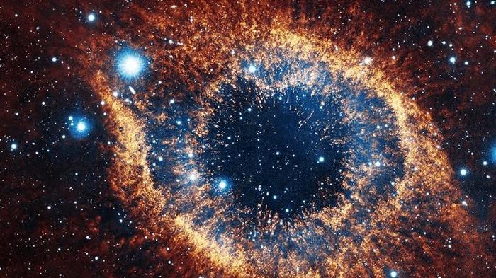 Ученые обнаружили крупнейшее слияние двух черных дыр (видео)