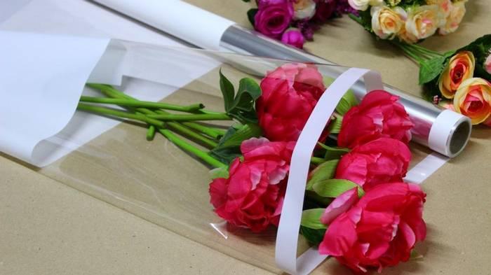 Разнообразие упаковки для цветов