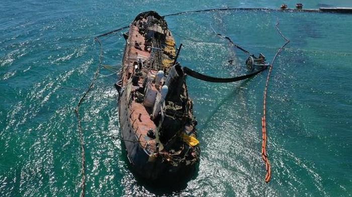 В Одессе начинают финальный этап поднятия и отбуксировки танкера Delfi