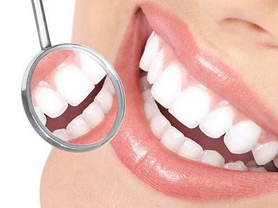 Какие косметические услуги может оказать стоматолог?