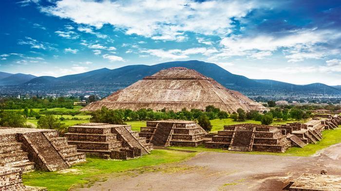 В Мексике вновь открыли для посещений древний город Теотиуакан